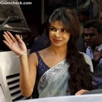 gunday film priyanka chopra ki cast of machhli jal ki rani hai launch trailer in mumbai