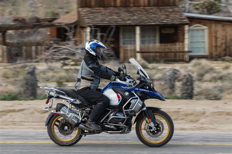 bmw   gs adventure review  fast facts