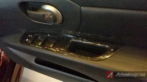 Stir Nissan Livina Wood Panel impression review nissan grand livina autech 2014