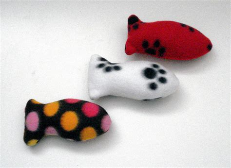 Handmade Cat Toys - organic catnip fishes handmade cat toys