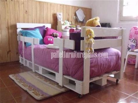kids pallet bed creative with pallets diy pallet furniture plans