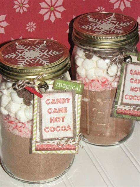 candy cane hot chocolate in a jar for office christmas