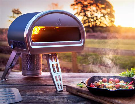 roccbox portable oven cooks a pizza in 90 seconds roccbox the portable stone bake pizza oven 187 gadget flow