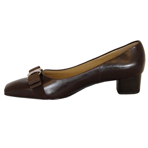 low heel shoes kaiser balla low heel court shoes in brown mozimo