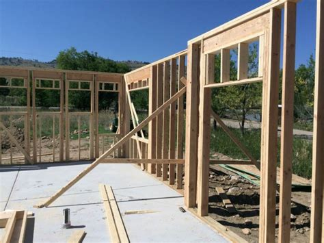 Log Cabin Floors structural design of wood framing for the home inspector