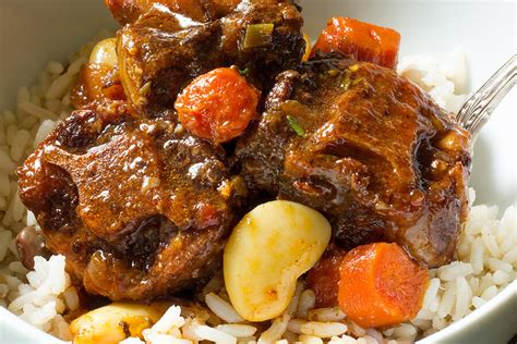 how to make oxtails and rice