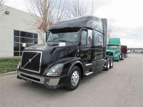 2015 volvo semi truck volvo vnl730 2015 sleeper semi trucks
