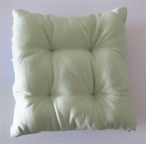 how to puff up pillows pillow tutorial honeybear