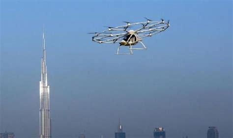 Drone Terbang dubai uji drone berpenumpang untuk layanan taksi terbang