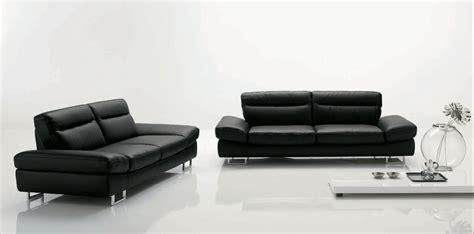 divani a tre posti divano in pelle tre posti divani a prezzi scontati