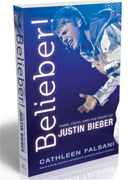 biography do justin bieber em ingles g1 nova biografia descreve justin bieber como garoto