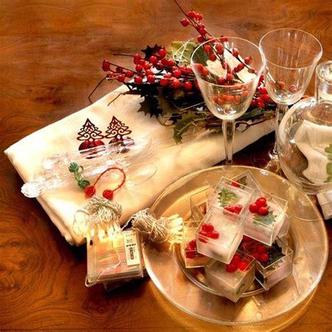 addobbare la tavola a natale 10 idee 1 per decorare la tavola a natale royaltea it
