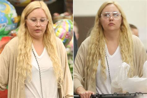 amanda bynes new show amanda bynes looks different in rare outing page six