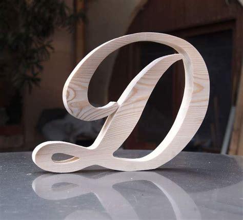lettere alfabeto legno oltre 25 fantastiche idee su lettere monogramma in legno