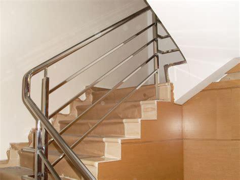 barandilla moderna barandilla en acero inoxidable de estilo minimalista y