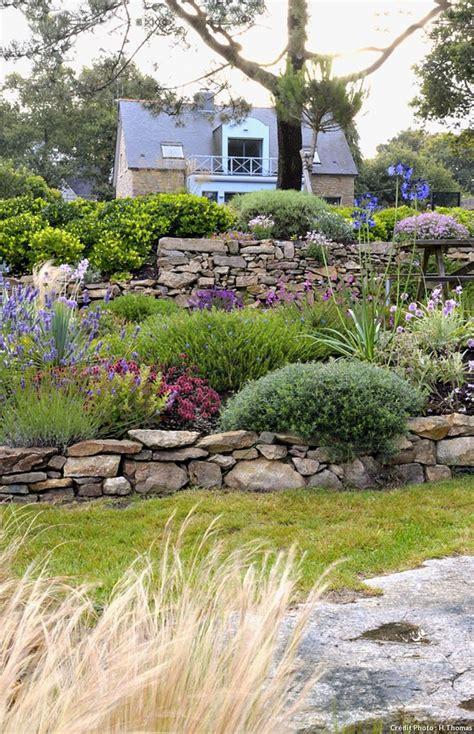 Décoration Autour D Un Olivier by Cuisine Best Ideas About Decoration Jardin On Planters