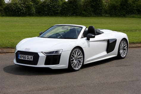 Audi As by Audi R8 Spyder 2016 Rivals Parkers