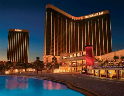 mandalay bay las vegas   las vegas hotel deals