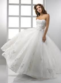 215 1977 in lace ball gown wedding dresses for fabulous bridal look