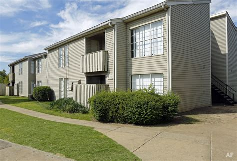 one bedroom apartments memphis tn cedar mill apartments townhouses memphis tn