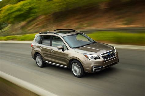 2017 subaru forester 2017 subaru forester reviews and rating motor trend