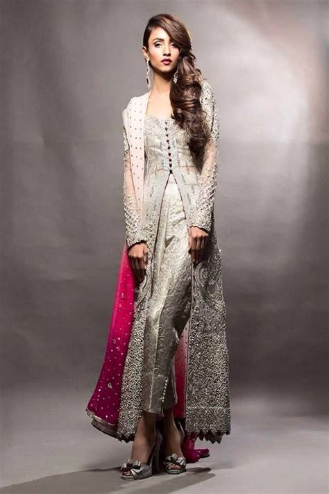 Dress Pesta Indian Style pin by qiraat aslam on dulhan indian wear and