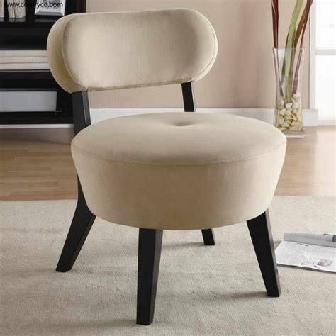 bedroom chairs under 100 1000 ideas about accent chairs under 100 on pinterest