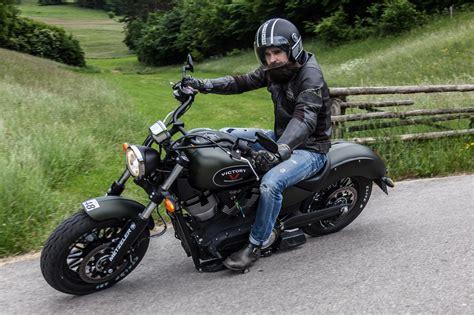 Motorrad Victory Bilder by Victory Gunner Test Action Details Motorrad Fotos
