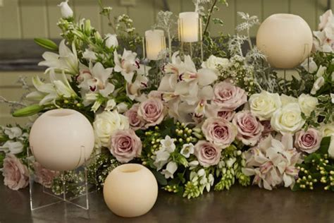 how to arrange flowers everything flowers at