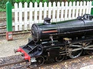 Thames ditton miniature steam railway small vintage locomotive steam