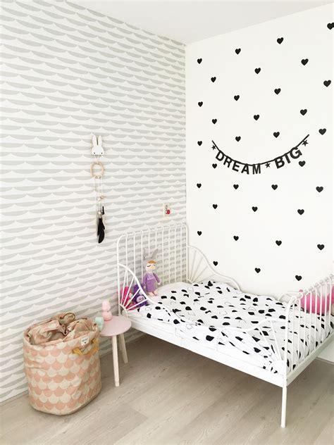 meiden behang meidenkamer met behang van roomblush en decoratie mevrouw