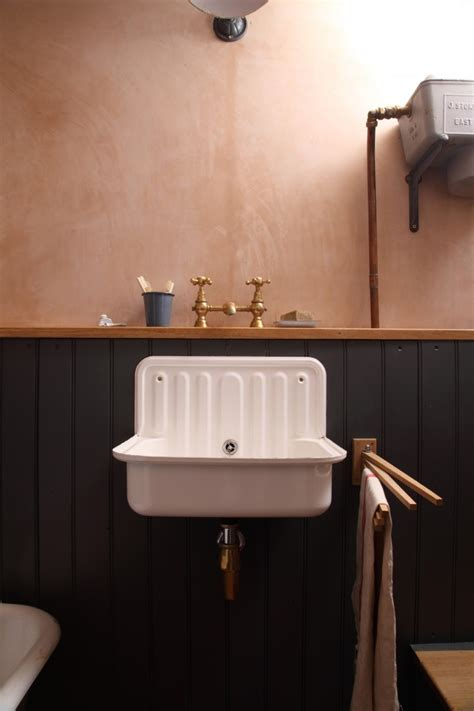 salvage bathroom fixtures bathroom of the week a vintage inspired bath in