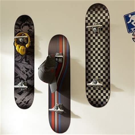 skateboard bedroom decor great skateboard room decor boys bedroom