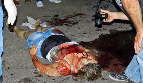 gory car accident victims the accident car fatal crash victims bodies car pictures