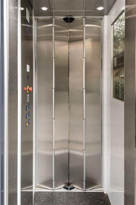 porte colorate porte a soffietto colorate lavorazione particolare porte