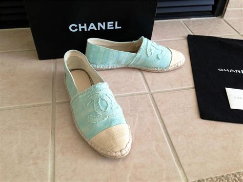 chanel canvas blue ecru cc espadrilles flat shoes size 7