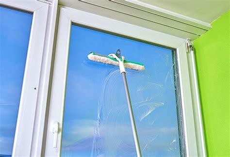 Hohe Fenster Putzen by Fenster Putzen Eine Glasklare Sache Betty Bossi