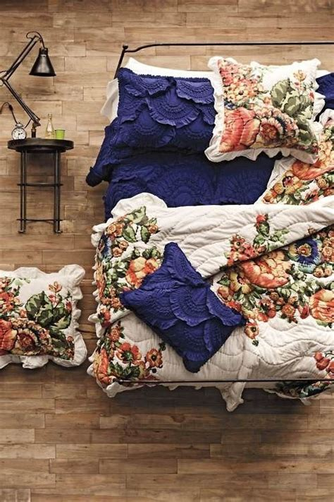 17 best ideas about navy coral bedroom on pinterest dorm color schemes coral bedroom and 17 best ideas about navy and coral bedding on pinterest