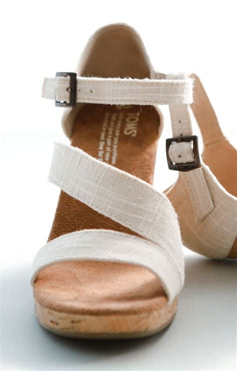 toms wedges comfortable 25 best ideas about toms wedding shoes on pinterest
