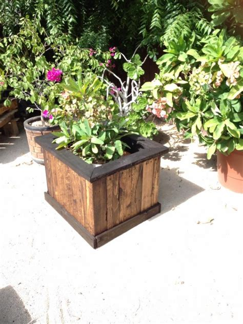 Outdoor Planter Box Ideas by Pallet Garden Planter Box Pallet Ideas Recycled