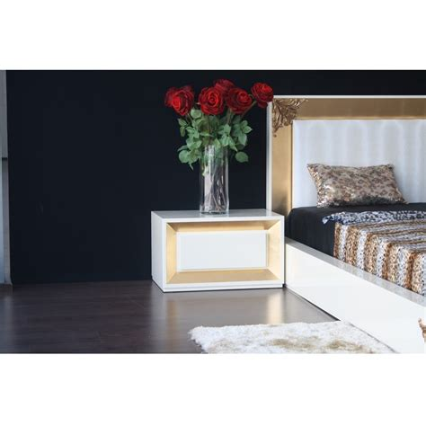 high gloss luxury luxus bedside table with silver leaf designer high gloss white and gold leaf bedside table