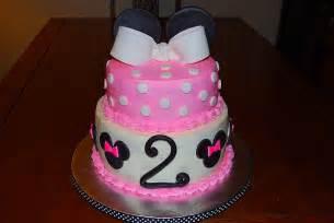 minnie maus kuchen minnie mouse cake meg s lovey cakes