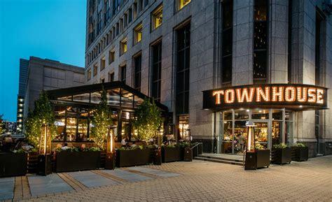 colors restaurant detroit mcintosh poris architects