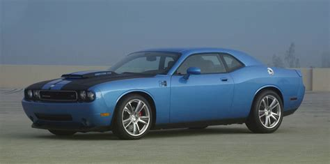 dodge challenger srt8 performance hurst performance dodge challenger srt8 car tuning