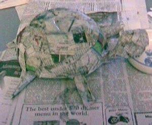 como hacer volados al caparazon de una tortuga a crochet hacer hucha papel mache manualidades infantiles