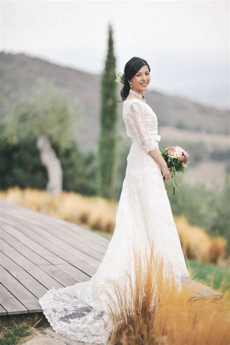 planning a chic destination wedding in tuscany merci new york blog 17 best images about flora terris 29 sept castello di