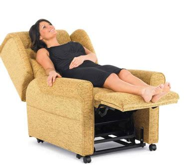 how do recliners work how does a riser recliner work the recliner factory