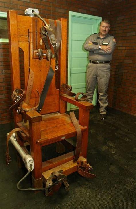 ted bundy electric chair photos