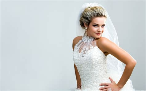Bridal Pictures by Wallpaper