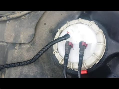 ford expedition fuel pump replacement youtube
